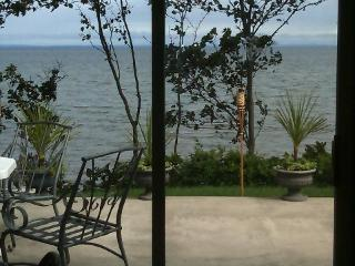 Beach House amazing views large deck visit wineries bachelorette The Stella, Wading River