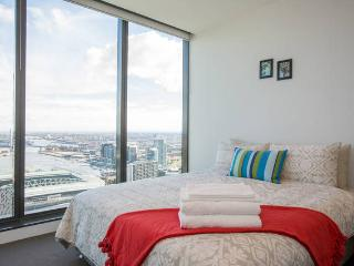 Modern 2BR Apartment Ensuite, Melbourne