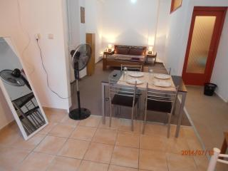Studio in the heart of Athens, Atenas