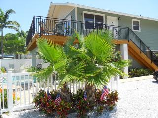 Anna Maria Island Beach Paradise (April Special)), Holmes Beach