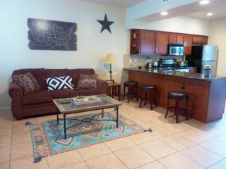 2 Master BR's, 3 Bathrooms, Luxury Condo-Sleeps 6, Sedona