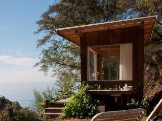 Romantic Ocean View Eco Retreat, Big Sur