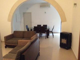 Central apartment with private sun terrace Swieqi