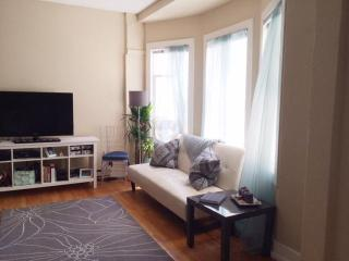 Sunny SF Sanctuary Great for Couples!, San Francisco