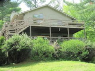 Whispering Waters Mountain Retreat, Boone