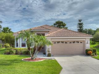 2 Bedroom Private Pool Home Located in Tara Golf & Country Club, Bradenton