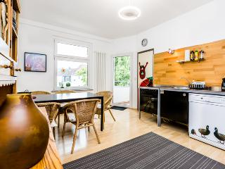 55 Spacious apartment in Cologne Kalk with 3rooms, Colonia