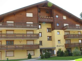 Ski Apartment To Rent - Haus Rätia, Klosters Platz