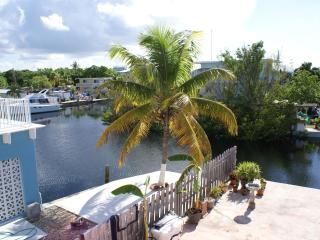 Largo Lookout - 2nd floor, waterfront, boat slip, Key Largo