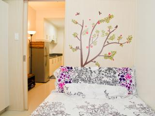 Cozy Condo! Your Home away from Home....., Pasay