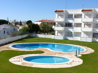 Carol Red Apartment, Albufeira, Algarve
