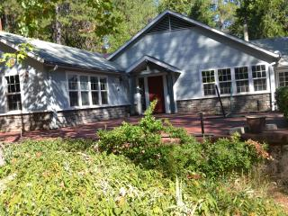 Gorgeous Country Home on 9 private acres, Grass Valley