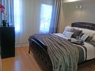 10min to Natl Mall, Walk to Metro, On-site parking, Washington DC