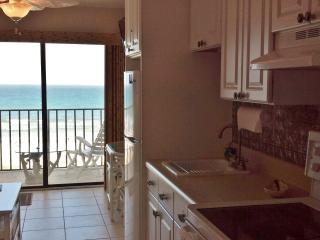 Fabulous Direct Oceanfront Condo, Crescent Beach, Saint Augustine Beach