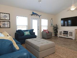 ALL-NEW Townhouse at Exclusive Nemo Cay Resort!, Corpus Christi