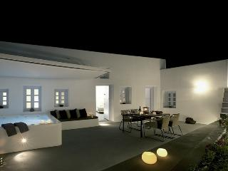Anemolia villa-Private villa in Santorini, Megalochori