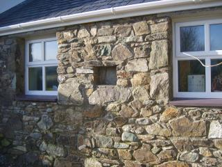Budget self catering cottage sleeps 2 Anglesey, Rhydwyn