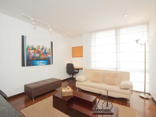 Comfortable 1 Bedroom Apartment in Santa Barbara, Bogota