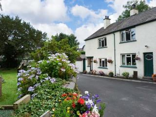 BRIDGE END, end-terrace, open fire, off road parking, decked patio, in Coniston, Ref 25666