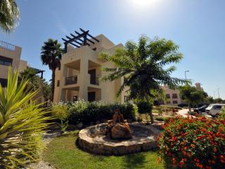 Beautifully Furnished Private Apt. Close to Beach, Los Alcazares