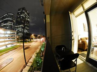 Pearl Greenway | Upper Kirby Apartments on | 67, Houston