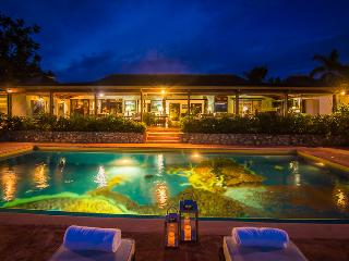 Amazing FIve Bedroom Villa on Round Hill, Montego Bay