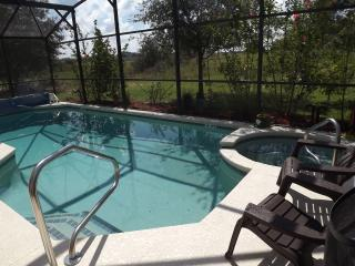 'Just Like Home'  Family Villa w/Pool Fab Location, Davenport