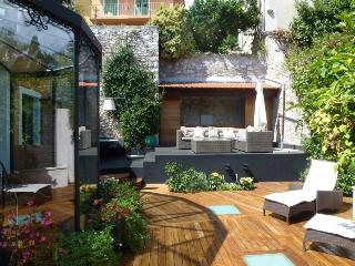 Historic Center Villefranche sur Mer Luxury House with Garden and Grill, Villefranche-sur-Mer