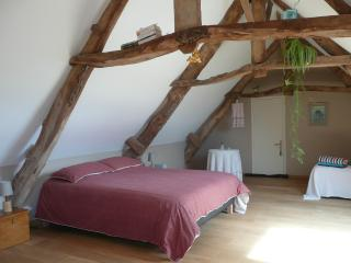 CHAMBRE D'HOTE, B&B at the Farm in Normandy, Carentan