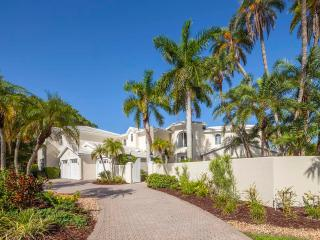 LUXURY WATERFRONT PROPERY, Lido Key