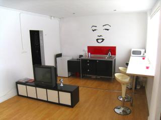 Nice apartment next Parc Guell, Barcelona