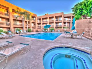 PRIME LOCATION 2 BDRM/2-BATH CONDO, Scottsdale