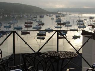 Barkadeer, Luxury holiday apartment in Falmouth