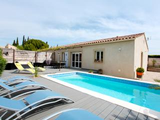 Comfortable Villa near Rosé vineyards, Tavel