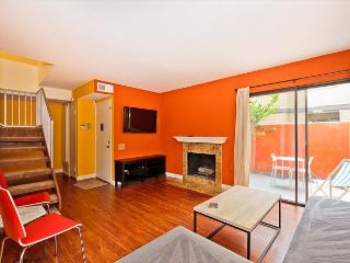 CLOSEST TO DISNEYLAND! 3 Bedroom Newly Remodeled Anaheim Beauty