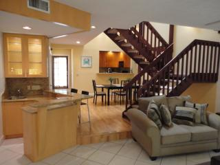 Updated Townhome Steps to the Beach & Fun!, Lauderdale by the Sea