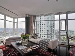 Vancouver Two bedroom condo with spectacular water and marina views