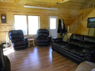 Bryan`s Boulder Canyon Cabin - RENTED FOR STURGIS RALLY 2015!, Deadwood