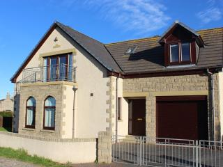 4 Bedroom Detached Villa Overlooking Moray Firth, Buckie