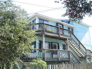 Bayview- Enjoy a relaxing getaway at this centrally located water view condo, Wrightsville Beach
