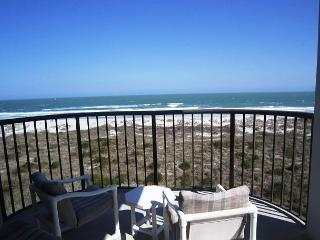 DR 2409 -  Enjoy the pool, tennis and the beach from this oceanfront condo, Wrightsville Beach