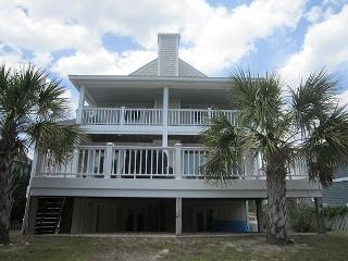 Pappas Beach House -  Spacious  4 Bedroom home with ocean and sound views., Wrightsville Beach