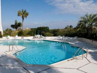 Station One - 5C Stewart-Oceanfront condo with community pool, tennis, beach, Wrightsville Beach