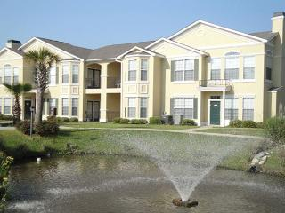 Beautiful 1 Br / 1 Ba Condo at Legacy Villas 2nd Floor Unit, attached garage, Gulfport