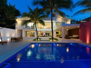 SNEAK PREVIEW! Modern Luxury at its finest. New renovated Villa Rosmar, Cozumel