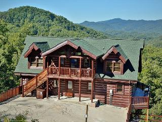 Expansive Kitchen, 7 Bedrooms, Theater Room, Game Loft, 18 Person Hot Tub, Sevierville