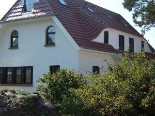 Vacation Apartment in Zingst - 538 sqft, quiet, central, bright (# 5170)