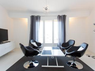 Modern 2 bedrooms 302, Cannes