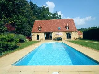 Les Montades - Restored farmhouse near Dordogne, Gourdon