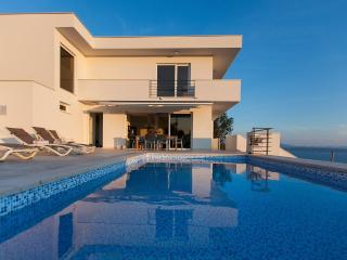 Luxury holiday villa in Podgora Villa Mala